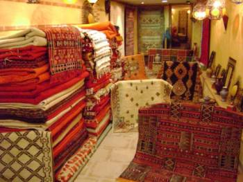 couleurs du sud toulouse kilims tapis berberes. Black Bedroom Furniture Sets. Home Design Ideas